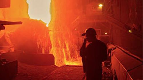 به دلیل طولانی شدن معوقات مزدی صورت گرفت؛ اعتراض صنفی کارگران شیشه قزوین سهروزه شد