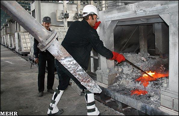 آلومینیوم هرمزگان را به نصف قیمت خریده اند/ نرخ بیکاری ۳۰درصد است
