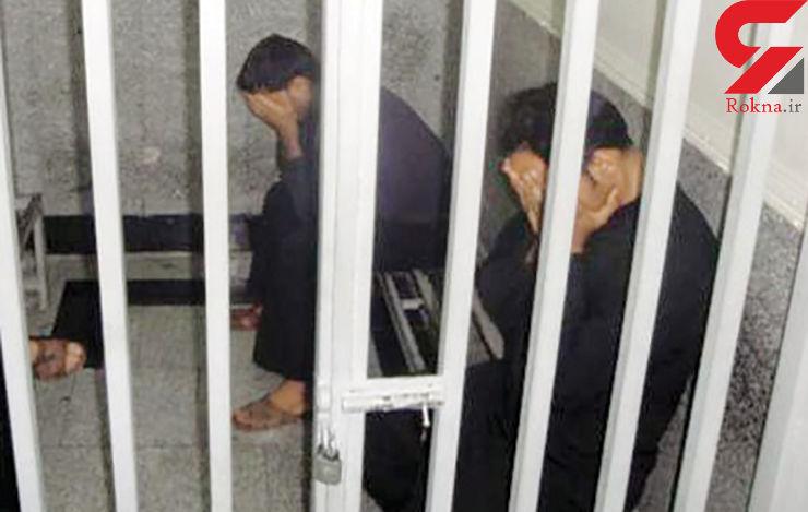 حمید، جوانی 32 ساله است که به جرم سرقت از منزلی واقع در میدان سپاه توسط ماموران آگاهی تهران بازداشت شده است. او اولین بار است که دستگیر میشود و آنطور که خودش میگوید، برای اولین بار بود که دست به سرقت میزد. گفتوگویی با او انجام دادهایم