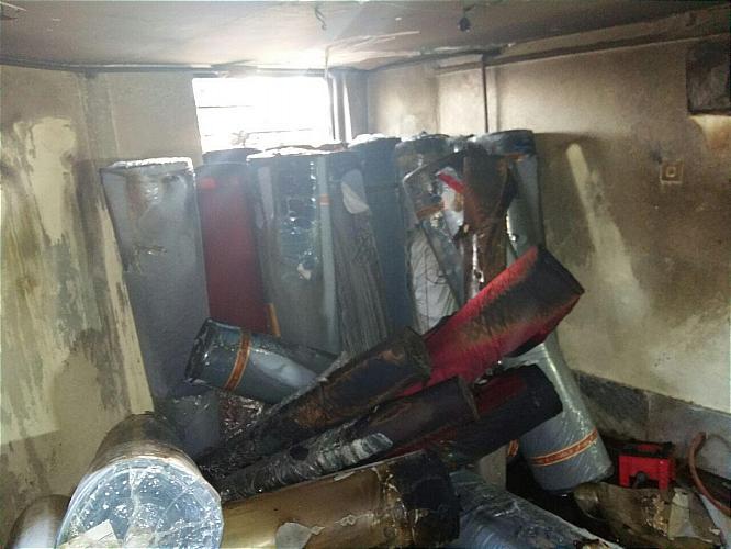 جلال ملکی، سخنگوی سازمان آتش نشانی تهران در گفتوگو با ایلنا، از مهار حریق گسترده کارگاه خیاطی در محله نعمت آباد خبر داد و گفت: در این حادثه ۵ کارگر (۴ مرد و یک زن) دچار سوختگی شدند.
